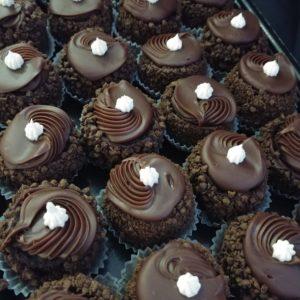 Junior Pastries Tray - Chocolate Sour Cream