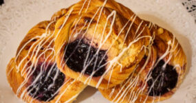 Danish Tray - Blueberry