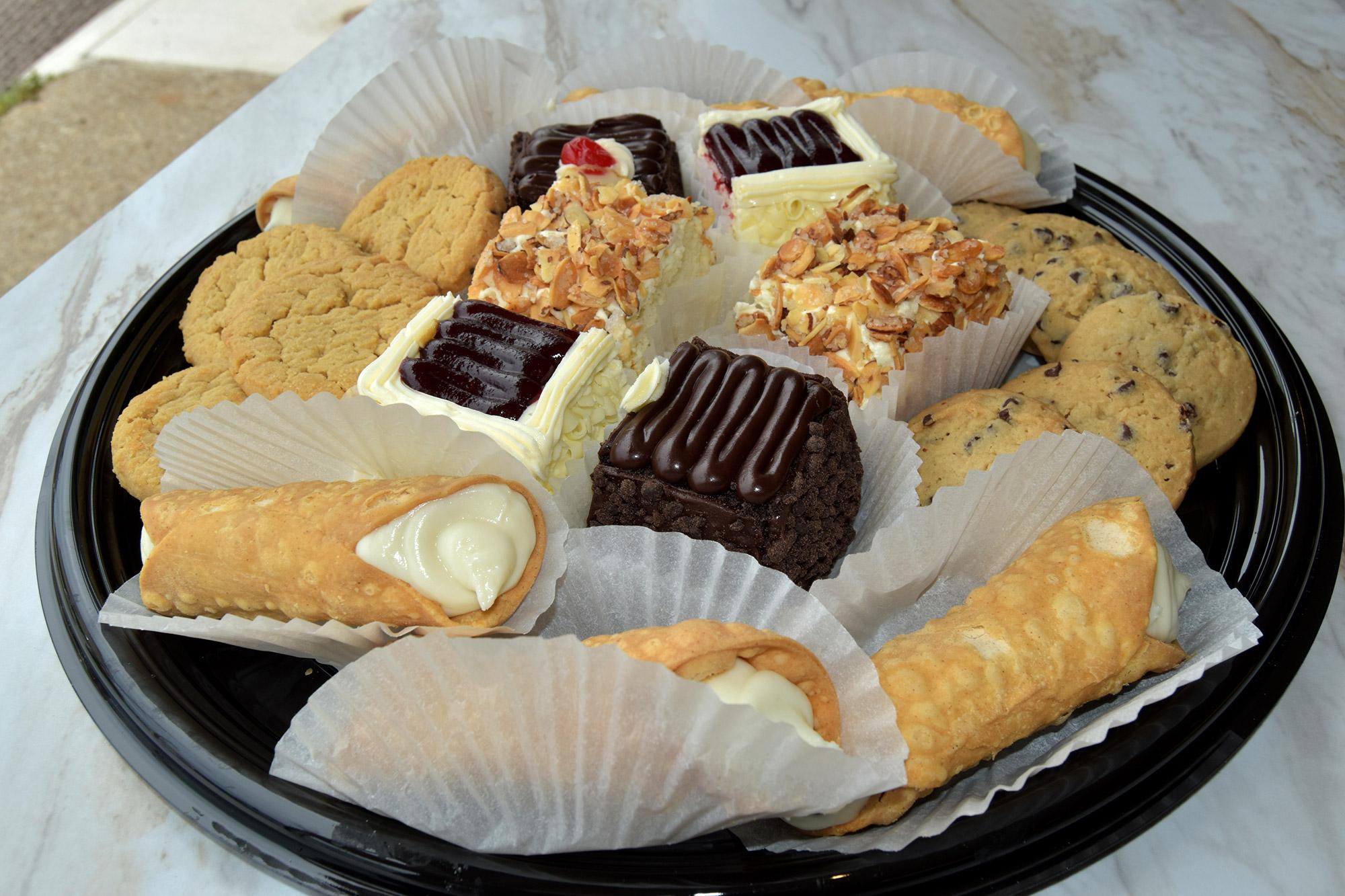 Small-Bite-Snack-Tray